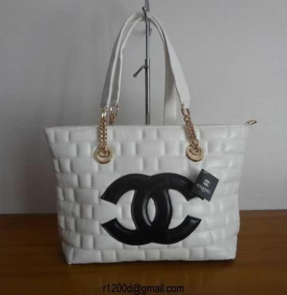 Sac A Main Chanel Blanc Et Noir : Sac a main chanel violette prix classique neuf
